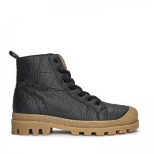 NAE Noah Pinatex Black Boot enkel zijkant