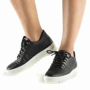 wills vegan shoes amber pinatex sneakers 2